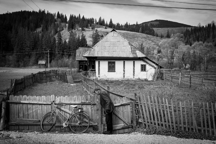 Romania: viaggio in un paese con la testa in Europa ma il ...