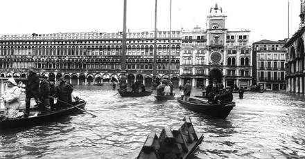 Piazza San Marco, 4 novembre 1966