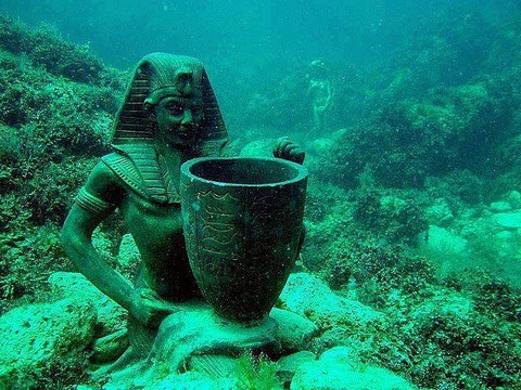 3-cleopatra-pinterest_640_640.jpg