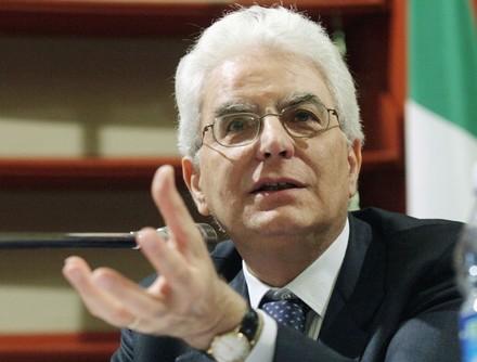 Per Mattarella una delicata crisi politica.