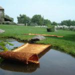 """Armonico LVI"""" 2007 Fili di rame 380x130x4 cm ciascun elemento Courtesy Grossetti Arte Contemporanea, Milano"""