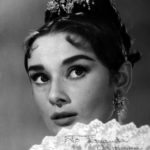 Audrey_Hepburn_with_compliments_to_Fernanda_Gattinoni_ok.jpg