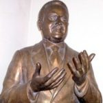 Statua di Rosario Garibaldi Bosco esposta nei locali della Cgil di Palermo