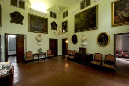 Il salone di palazzo Descalzi a Chiavari
