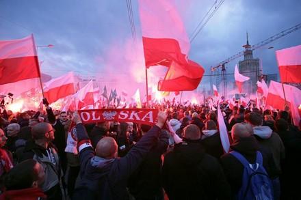 Manifestazione nazionalista e antisemita del 11 novembre a Varsavia. Photo Agencja Gazeta/Adam Stepien via Reuters