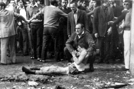 28 maggio 1974 strage fascista di Brescia. Prima degli anni di piombo e della notte della Repubblica ci furono le stragi fasciste con le complicità dello Stato.