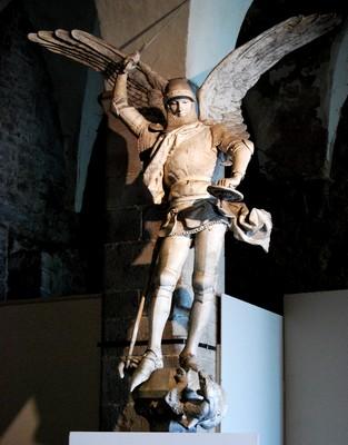 Statue de Saint Michel par Emmanuel Frémiet