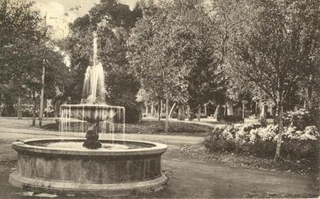 Fontana della Villa Comunale, foto dal sito avellinesi.it