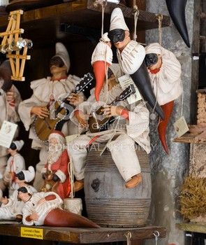 _pulcinella-in-shop-of-san-gregorio.jpg