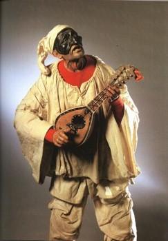 Pulcinella à la mandoline