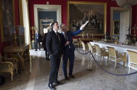 Il premier Matteo Renzi a Capodimonte con Sylvain Bellenger