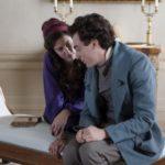 Leopardi (Elio Germano) e Fanny Targioni Tozzetti (Anna Mouglalis) in una scena del film Il giovane favoloso (2014) diretto da Mario Martone
