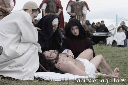 Rionero in Vulture, Christian Strazza (Il Cristo), Chiara Lostaglio (La Madonna), Carmen Colangelo (La Maddalena), Alex Zito (San Giovanni).