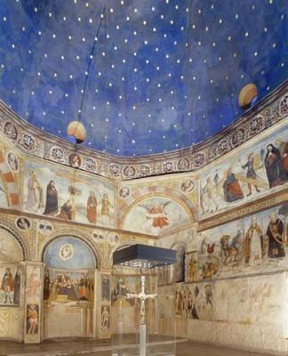 Oratorio di santa Maria in Solario con la croce di Desiderio