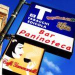 Café à Santa Cesarea di Terme. Photo S Horel