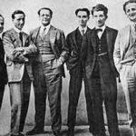 """Carlo e Nello Rosselli (il fratello Nello è il primo a destra) con i redattori di """"Non Mollare"""" (1925)"""