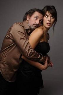 Serena Reinaldi avec Christophe Alévêque dans Ciao Amore