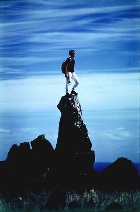 Walter Bonatti all'Isola di Pasqua, Cile, nel 1969