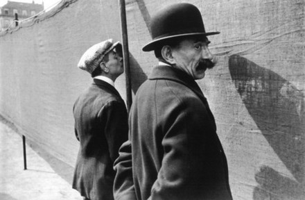 Bruxelles, 1932, stampa ai sali d'argento realizzata nel 1946, collezione della Fondazione Henri Cartier-Bresson, Parigi