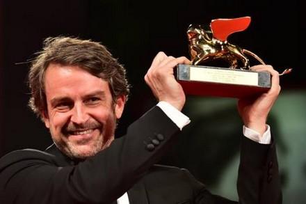 Lorenzo Vigas, vince il Leone d'Oro Desde Allá (From Afar)