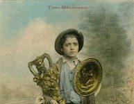Toulouse. Petit italien marchand de statuettes et platres. Carte postale © Musée national de l'histoire et des cultures de l'immigration