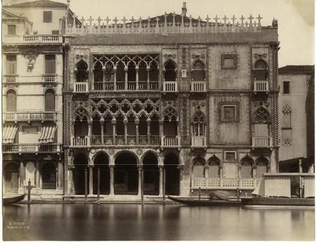 Carlo Naya, Venezia, Palazzo Ca' d'Oro sul gran Canale, vers 1860, épreuve sur papier albuminé, 26,8 x 34,5 cm, Bibliothèque nationale de France.