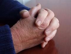 mani-2---preghiera-e-devozione_2992378-38581.jpg