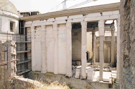 Il Duomo di Pozzuoli ingloba il Tempio di Augusto