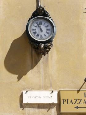 L'orologio della Strada Nova