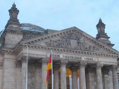 parlement-allemand-berlin-2015-lallemagne-elire-deputes-etson-chancelier-2017_0_730_547.jpg