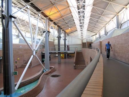 L'edificio Servizi di Città della Scienza © Flavio Brunetti
