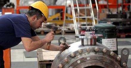 produzione-industriale-imagoeconomica-kcx--835x437_ilsole24ore-web.jpg