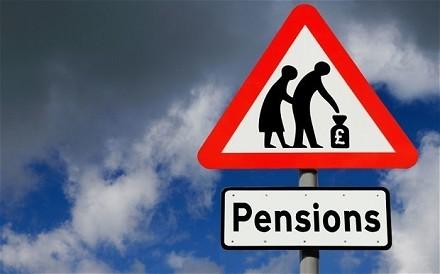 riforma-pensioni-governo-renzi-l-allarme-dei-sindacati.jpg