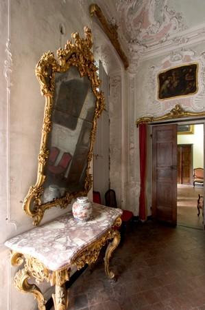 Specchiera rococo' del salottino Descalzi