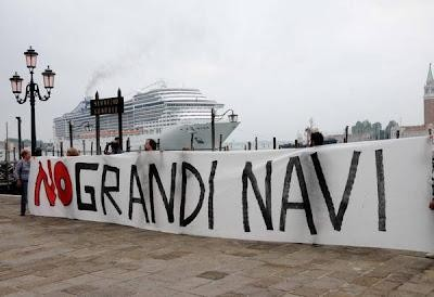 veneziale-grandi-navi-stuprano-veneziama-sara-vero-o-L-bTCu0Q.jpg