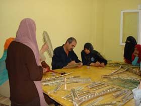 workshop_sulle_lavorazione_della_palma_villaggio_di_Abu_Sir_egittobis.jpg