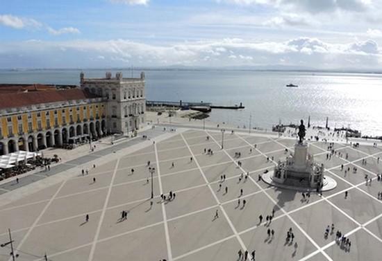 Un libro una città Lisbona Tabucchi sostiene Pereira Altritaliani